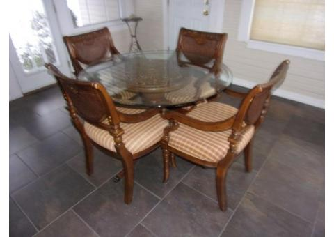 "Gorgeous Pedestal Dining Table W/4 Chairs 45"" Glass Top"